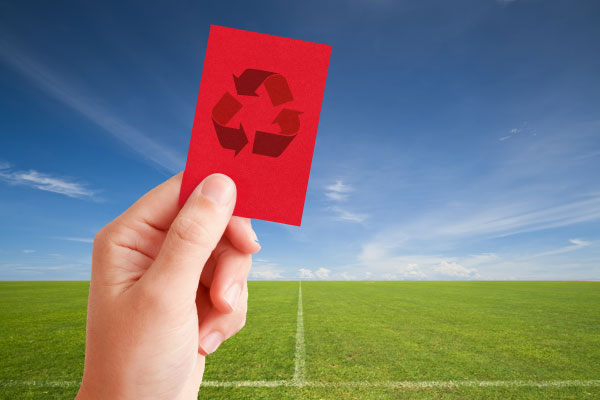 Rote Karte für Plastik in der Biotonne!